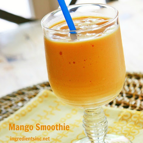 Mango Smoothie with Greek Yogurt