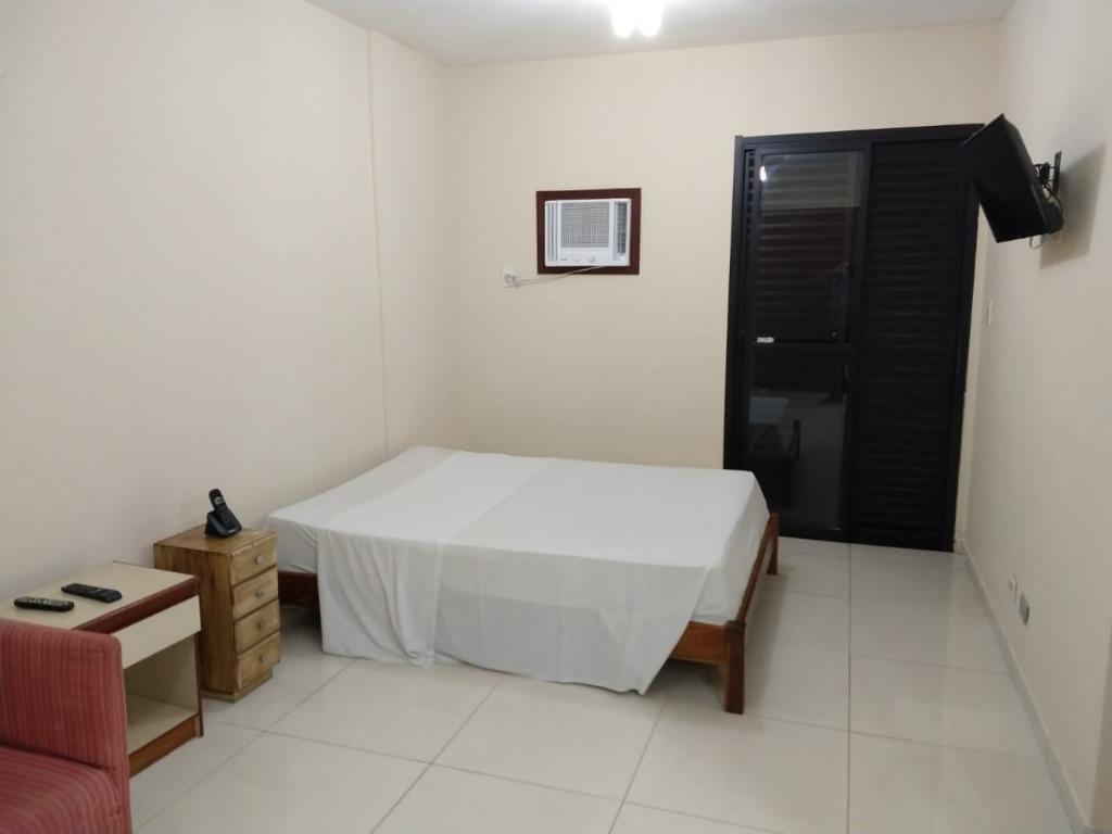Flat com 1 dormitório à venda, 45 m² por R$ 106.000 - Centro - São Vicente/SP