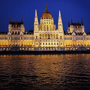 Parliament Budapest 3.jpg