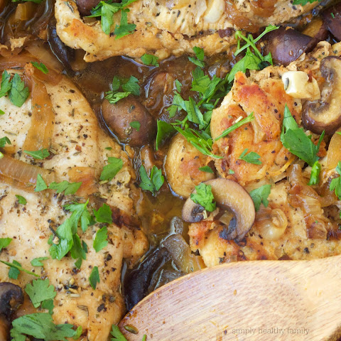 Simple and Healthy Chicken Marsala