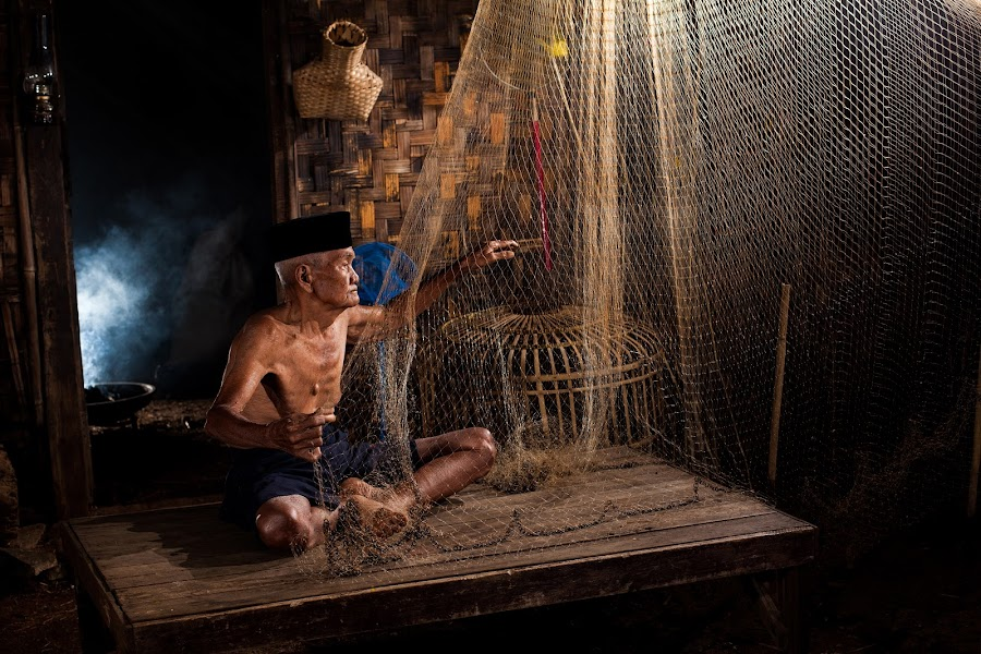 Net of Hope  by Aloysius Alphonso - People Portraits of Men