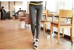 Fashionable Fitness Wear Tight Fitted Women Yoga Pants Mesh Design Yoga Capri Pants