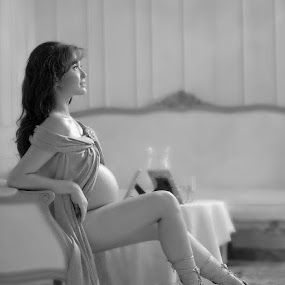 by Gondo Siswanto - People Maternity ( pwcprofiles )