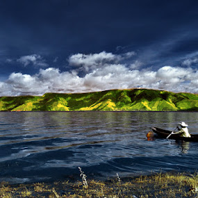 Toba's Fisherman by Hirza Kini - Landscapes Waterscapes ( danau toba, indonesia, sumatera utara )
