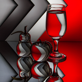 by Lisa Hendrix - Artistic Objects Glass (  )