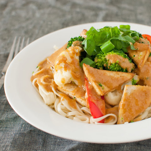Tofu with Thai Peanut Sauce