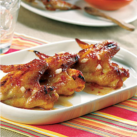 Chicken Wings with Spicy Chili Sauce