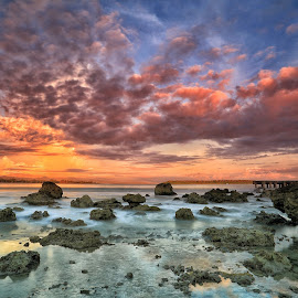 Sunset Sky by Ina Herliana Koswara - Landscapes Cloud Formations ( water, sky, sunset, cloud, seascape, beach, longexposure, nias )
