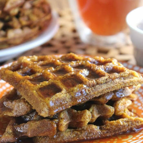 Easy Pumpkin Waffles