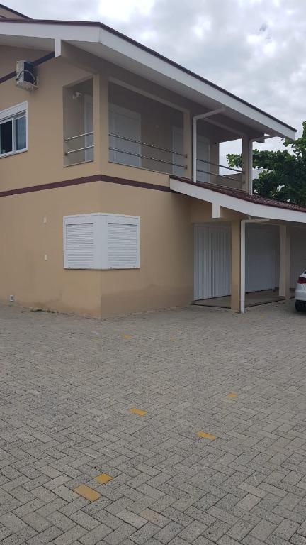 Casa Totalmente Mobiliada no Perequê 5 dormitórios