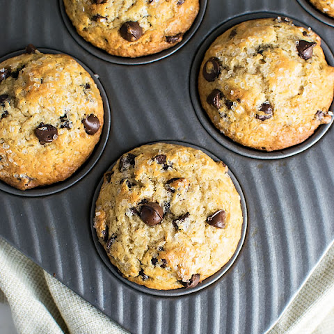 Chocolate Chip Muffins with Cinnamon and Nutmeg