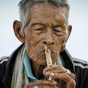 by Hendri Suhandi - People Portraits of Men