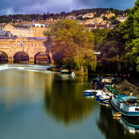 Pulteney Bridge and River Avon, Bath, UK by Jennifer Tsang - City,  Street & Park  City Parks ( england, uk, river avon, bath, pulteney bridge, bridge, river )