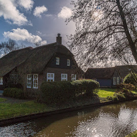 Giethoorn, Venice of the Netherlands, in province Overijssel by Anges van der Logt - City,  Street & Park  Neighborhoods ( netherlands overijssel giethoorn village farm water house traditional dutch )
