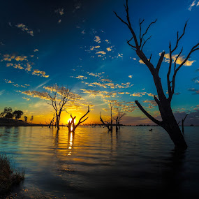 Taylors Lake Sunset by Lynton Brown - Landscapes Waterscapes ( taylors lake, horsham, australia, lynton brown, wimmera )