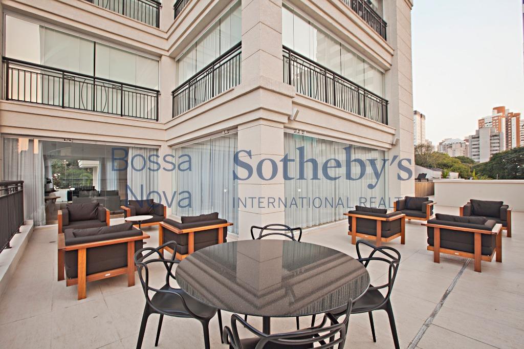 Apartamento novo, living amplo com terraço gourmet, prédio com lazer completo.