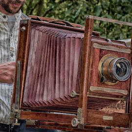 Antique Camera by Marco Bertamé - Artistic Objects Antiques (  )