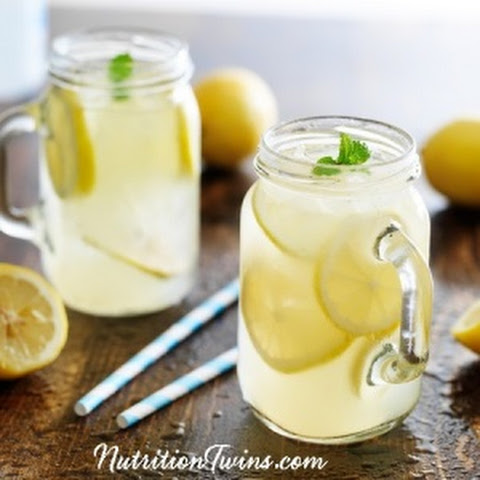 Lemon and Mint Detox Drink