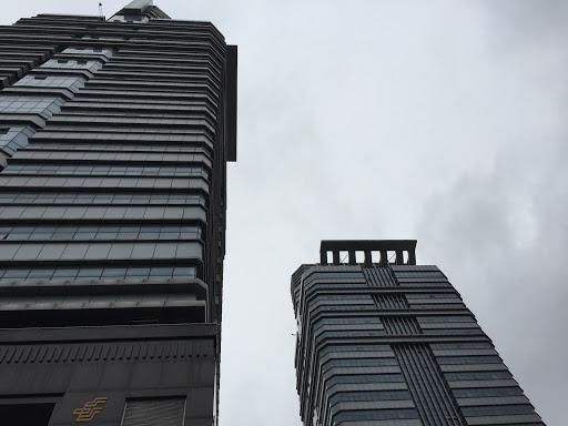 赣州市政中心双子塔北楼