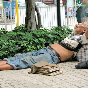 Napping Anywhere  by Dennis  Ng - People Street & Candids (  )