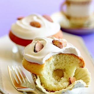 Celebrate Easter Weekend with Almond Cupcakes