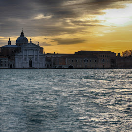 Sunset on Giudecca by Stefano Zorba - Buildings & Architecture Public & Historical ( venezia, venice, sea, giudecca, seascape )