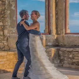 by Eseker RI - Wedding Bride & Groom