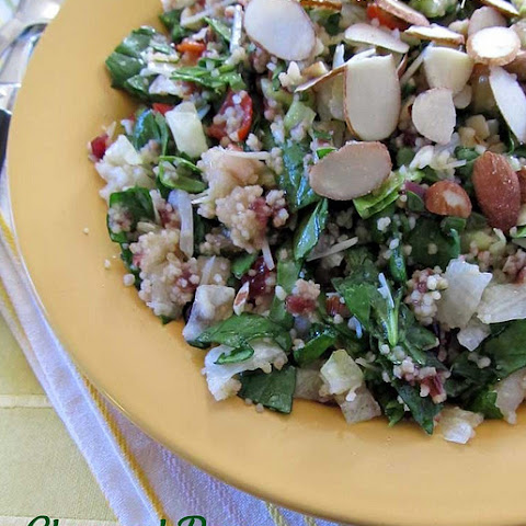 Chopped Pear and Spinach Salad