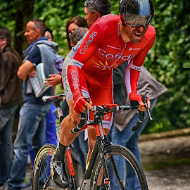 Giving Everything ! by Marco Bertamé - Sports & Fitness Cycling ( uphill, rider, red, seconds, 2015, prologue, cycling, effort, fighting, alone, tour de luxembourg, luxembourg )