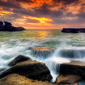 high tide by Tut Bolank - Landscapes Waterscapes ( bali, kuta, sea breeze, melasti beach )