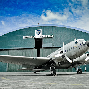 C 47 Dakota  The Old by Ratian Wahyudi - Transportation Airplanes