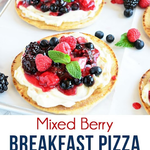 Mixed Berry Breakfast Pizza