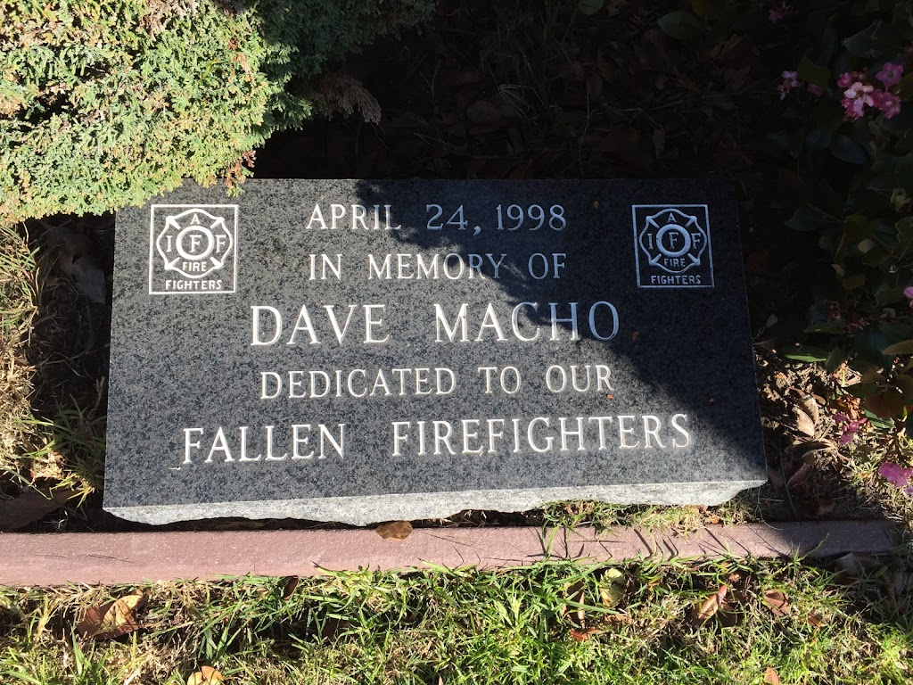 APRIL 24, 1998 IN MEMORY OF DAVE MACHO DEDICATED TO OUR FALLEN FIREFIGHTERS