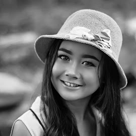 amel by Kawan Santoso - Black & White Portraits & People