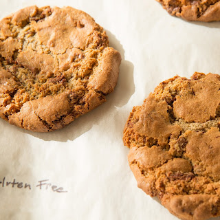 Chewy Gluten-Free Chocolate-Chip Cookies