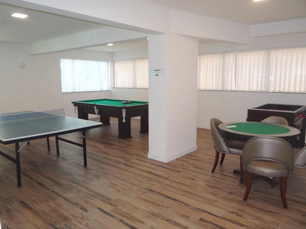 Apartamento à venda, Meia Praia, Itapema.