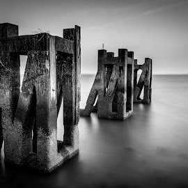 Gog's Berth by Mike Campbell - Black & White Landscapes ( 2017, exposure, gog, berth, april, gogs, sea, seascape, beach, landscape, long, southend, history, huts, on, longexposure )