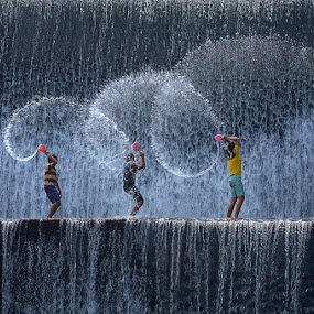 splash! by Hendri Suhandi - People High School Seniors ( children, candid, streets, kids, people )