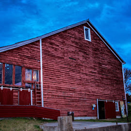 by William Hayes - Novices Only Street & Candid ( canon, barn, fall, night, october )