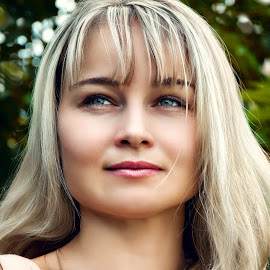 Irina by Sergey Kuznetsov - People Portraits of Women ( woman, young, blonde, summer, posing )