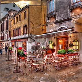 ristorante serenissima pizzeria by Branislav Rupar - City,  Street & Park  Street Scenes ( hdr, venice, italy, city, olympus )