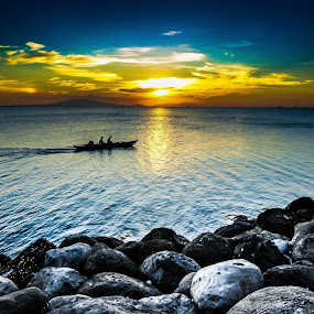 MANILA BAY SUNSET by Rogz Necesito Jr. - Landscapes Waterscapes