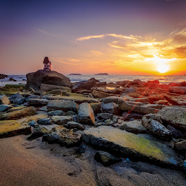 sol·i·tar·y by Gerard Macorvick - Landscapes Sunsets & Sunrises ( sunset, beach, seascape, evening, coastal )