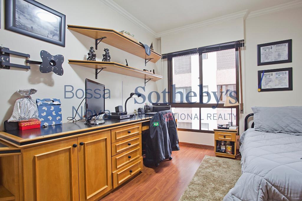Apartamento reformado impecável!