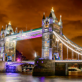 Tower Bridge by Abdul Rehman - Buildings & Architecture Bridges & Suspended Structures ( lights, nigt life, uk, night photography, london, night scene, tower bridge, long exposure, night, bridge, great britainpiccadilly circus, light, night shot, nightscapes,  )