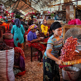 Pasar Pabean by Herry Wibowo - City,  Street & Park  Markets & Shops