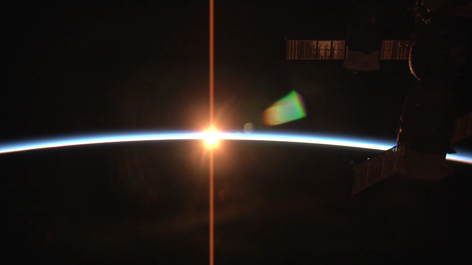 ISS Live - HD Earth viewing and NASA library Screenshot 4