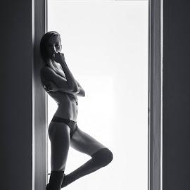 Klara by Viktor Moravčík - Nudes & Boudoir Boudoir ( studio, glamour, model, low key, black and white, czech, seminude, photography )
