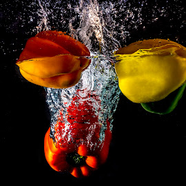 capsicum splash by Gurung Purna - Food & Drink Fruits & Vegetables ( red, splash, green, capsicum, yellow, vegetable, water splash )