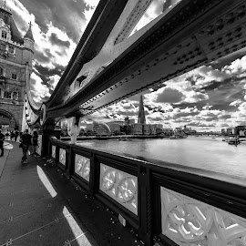 bridge details, london  by Roberto Gonzalo Romero - Buildings & Architecture Bridges & Suspended Structures ( london, black and white, puente, bridge )